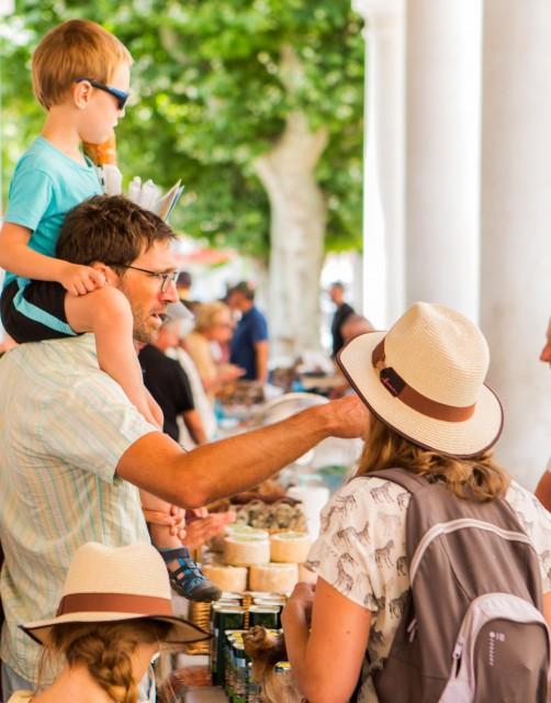 visite-ile-rousse-enfant-flyer-credit-photo-olivier-gomez-48162